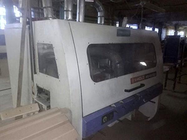 Четырехсторонний деревообрабатывающий станок V-HOLD MB4023X5, 780000 рублей.